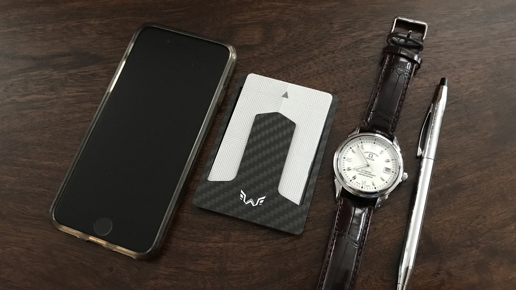 Super slim wallet made with carbon fiber and weighing only 0.4 ounces is good for posture