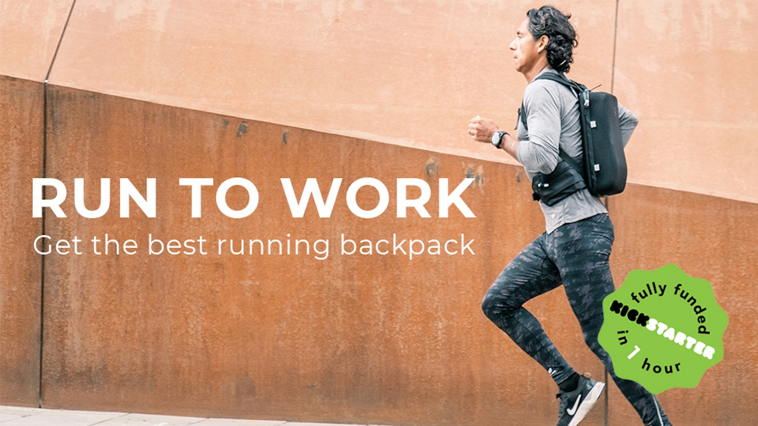 Fusing sport gear with Scandinavian design, this running backpack steps up your daily run commute. Anti-bounce. Lightweight. Ergonomic.