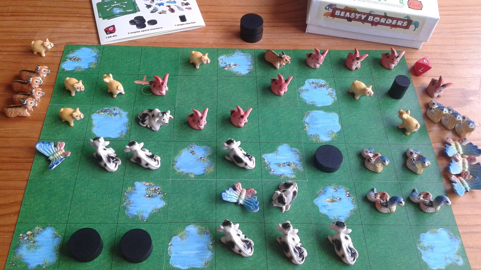 Farmer vs Forester: domesticated animals vs wild animals. Make the biggest groups in this Roll&Place game. Limited edition: 300 or less