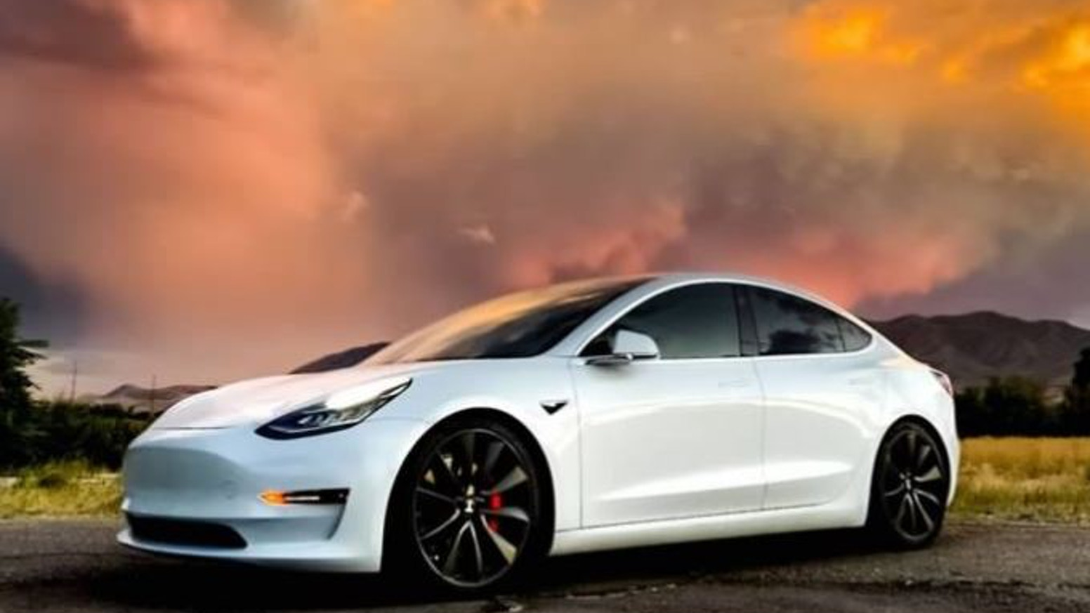 Chasing sunsets in a Tesla Model 3 - Calendars, Mouse pads, Postcards, Digital Photos