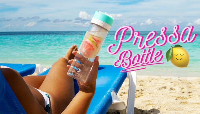 Pressa Bottle uses a mini but mighty press to extract flavor from your favorite fruit. Add a little or A LOT of flavor to water, sangria, mixed drinks and more!