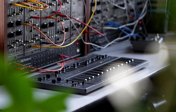 SB01: Analog Synthesizer of the Future