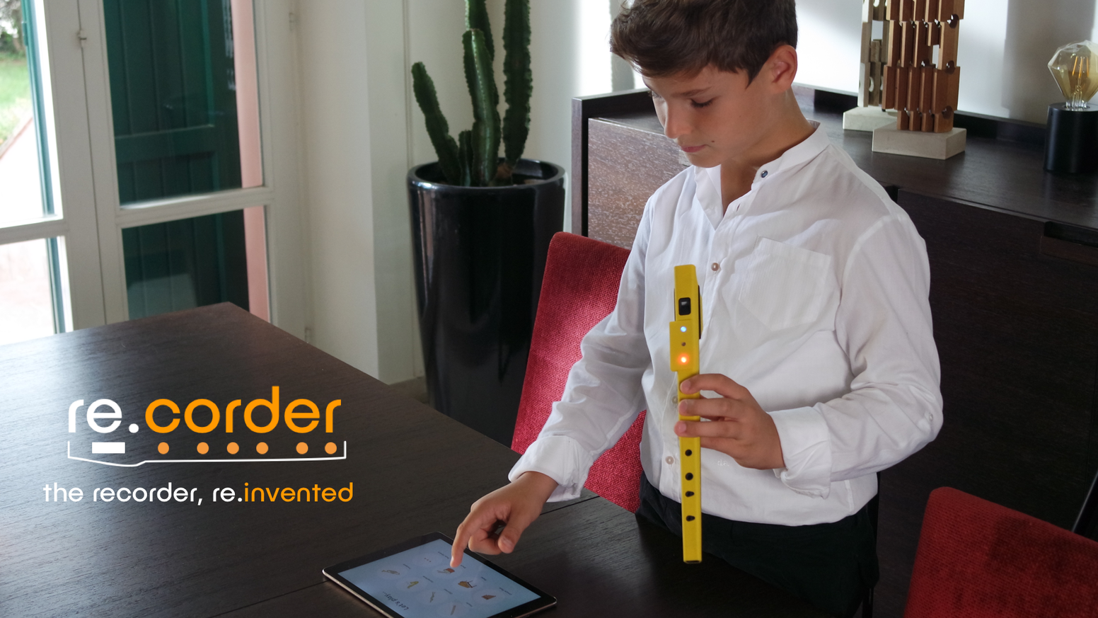 A modern take on one of the widest used educational instruments in school. Stimulating music learning and creation.