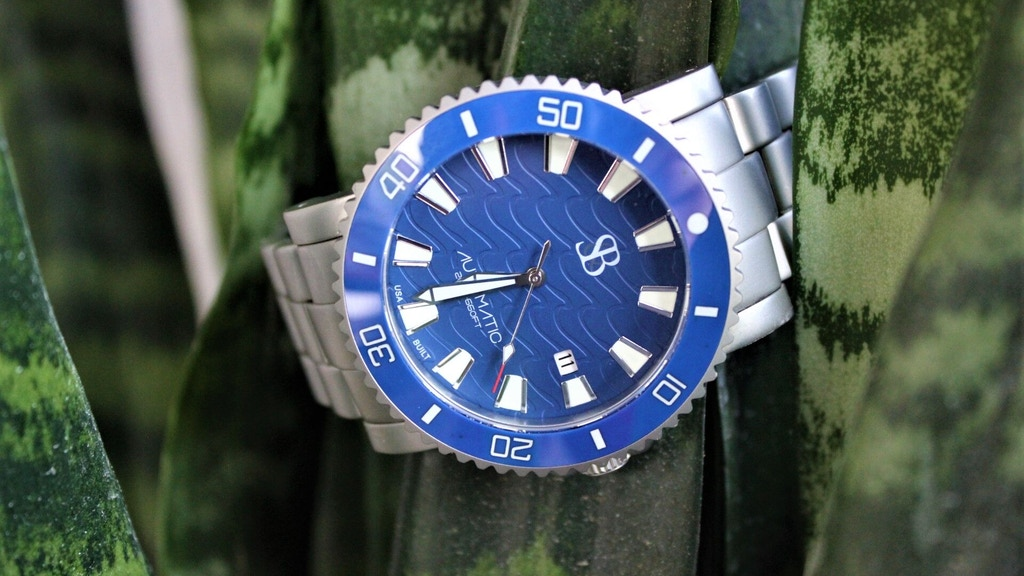 THE S&B™ ATLANTIS A2 - Swiss Automatic/Quartz Diver project video thumbnail