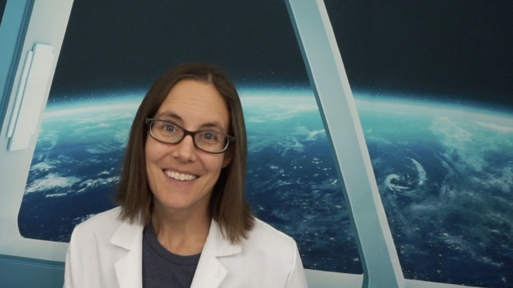 Science Mom Explains the Atmosphere project video thumbnail