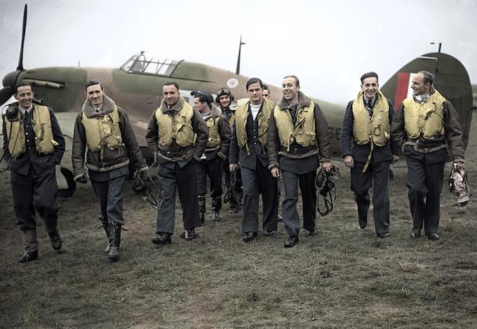 Los pilotos del escuadrón 303