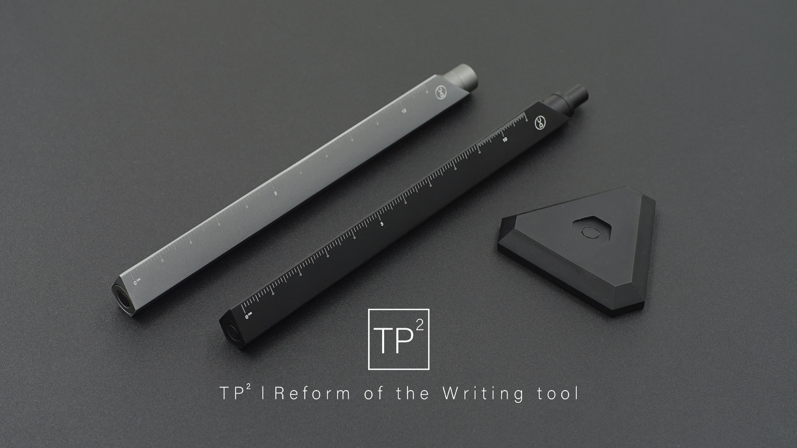 An aluminium Pen/cil that compatible with ballpoint and mechanical pencil, cm & Inch dual scale ruler