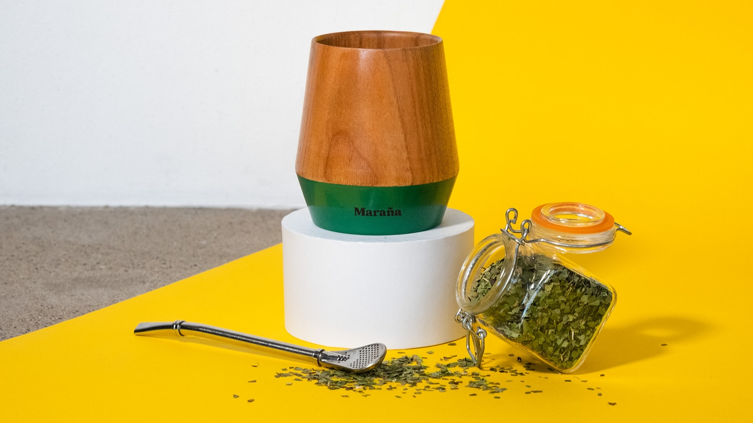 Our modern designed Yerba Mate Cup to let you enjoy your Yerba Mate in an authentic way.