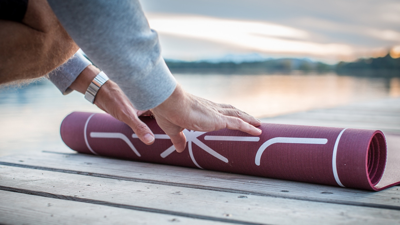 Train your pop-up and stay in shape in between your surf trips with this high quality surf training mat.