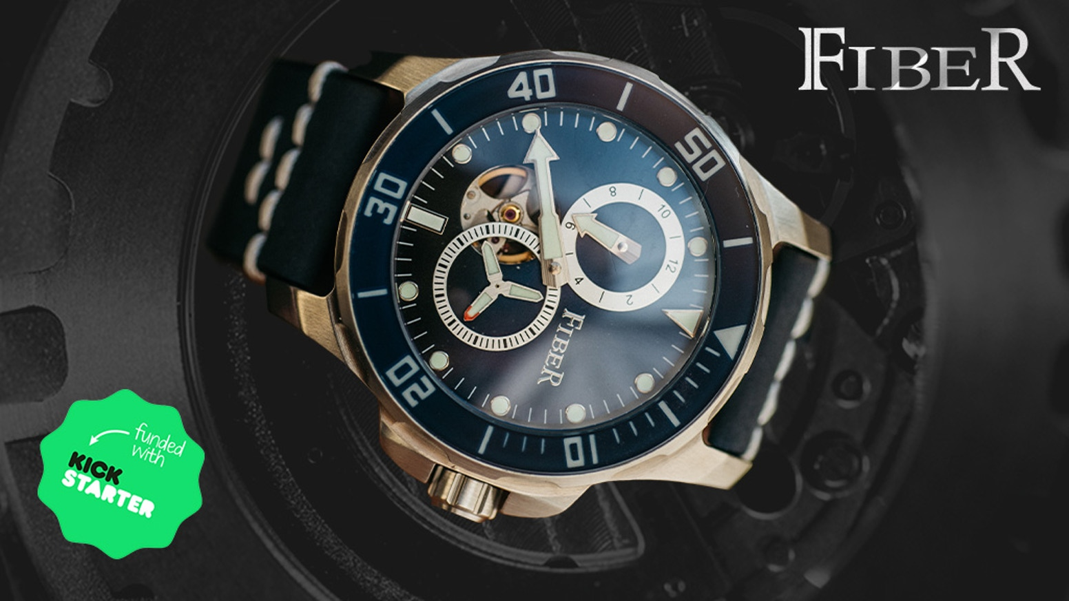 A water-resistant automatic mechanical dive watch with a patented regulator that matches stable movement with perfect design
