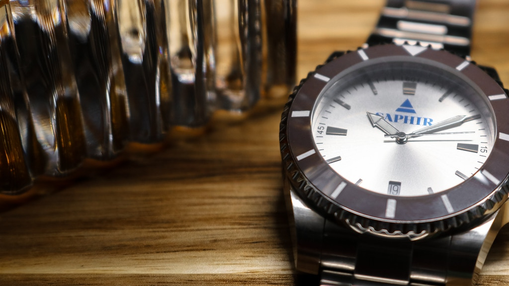 Project image for Saphir Watch - Masculine, punchy and colorful touch for 2020