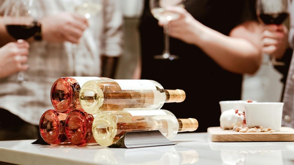 Winebars: Elegant Wine Storage project video thumbnail
