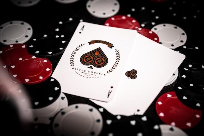 """Découvrez les Cartes à jouer """"Sin City"""" sur Kickstarter! 7"""