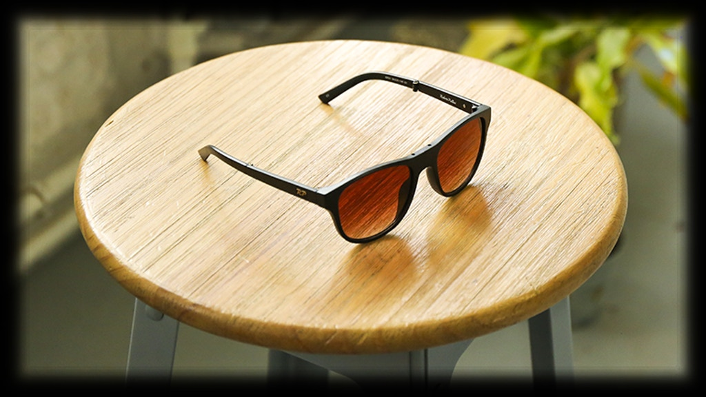 Magnum | Fully Folding Sunglasses That Beautify Your World project video thumbnail