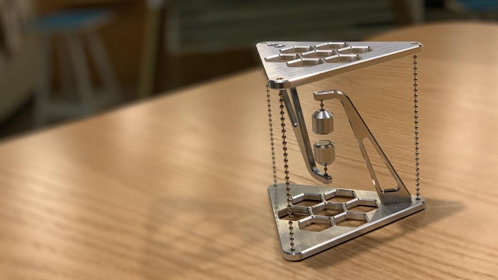 Miniature de la vidéo du projet IMPOSSIBLE TABLE