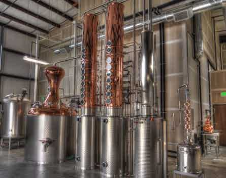 Traditional column reflux stills are very large and cannot be transported with damaging them. This has been a major barrier to entry into craft distilling