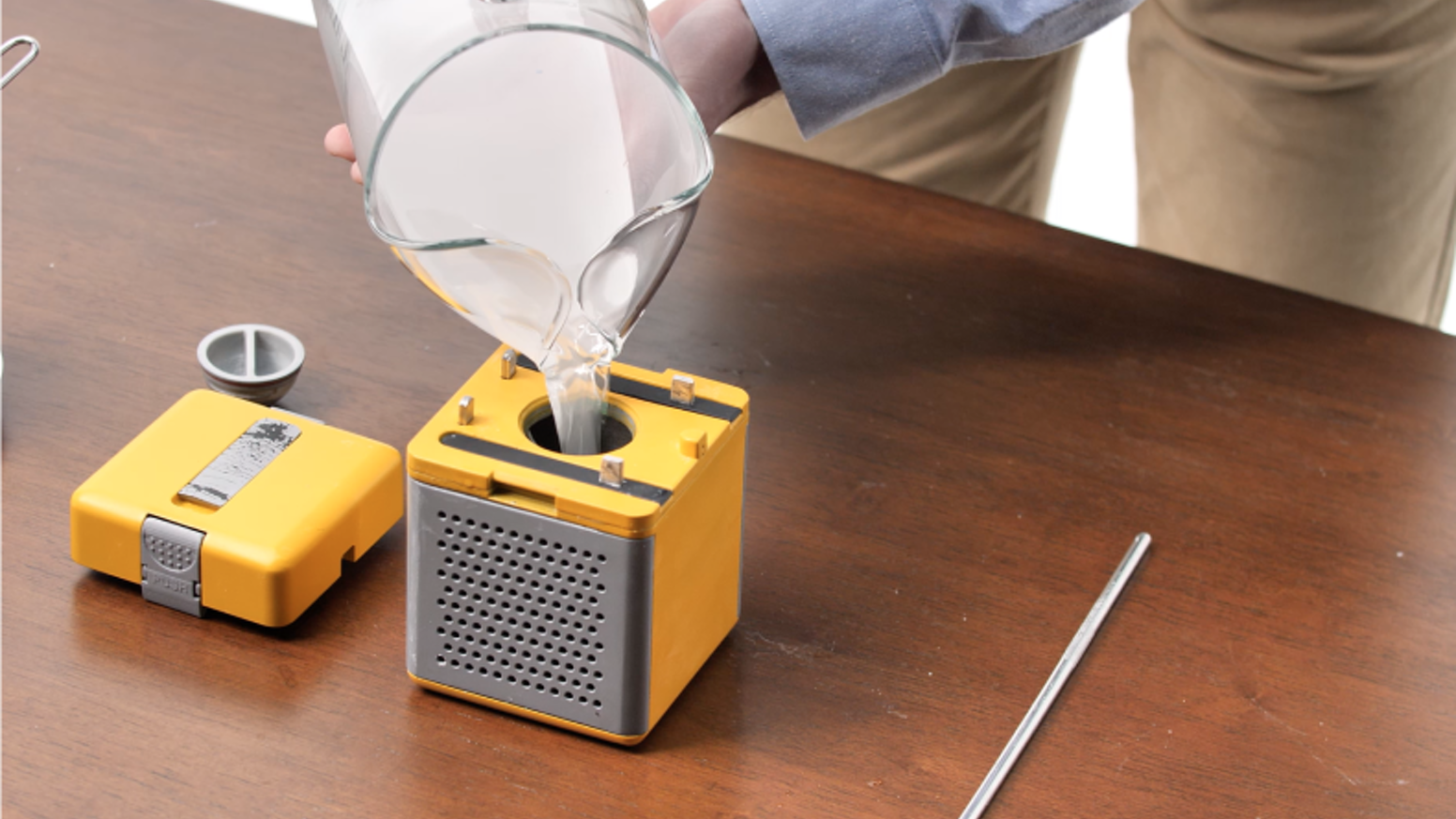 The HydraCell Power Cube provides instant power for light and charging by simply adding saltwater