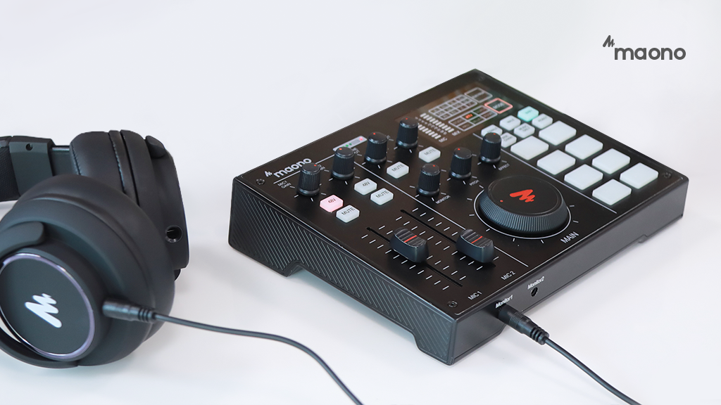 MAONOCASTER: A Portable All-In-One Podcast Production Studio