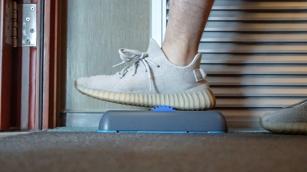 Shoe Sole Cleaner: Keep Indoors Air & Floor Clean From Dirts