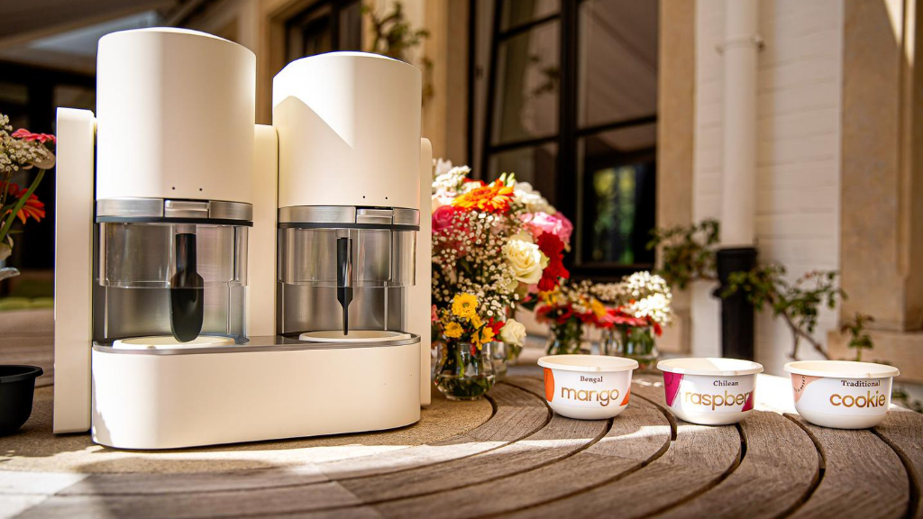 The Ice Cream Maker That Churns Fresh Ice Cream In a Wink project video thumbnail
