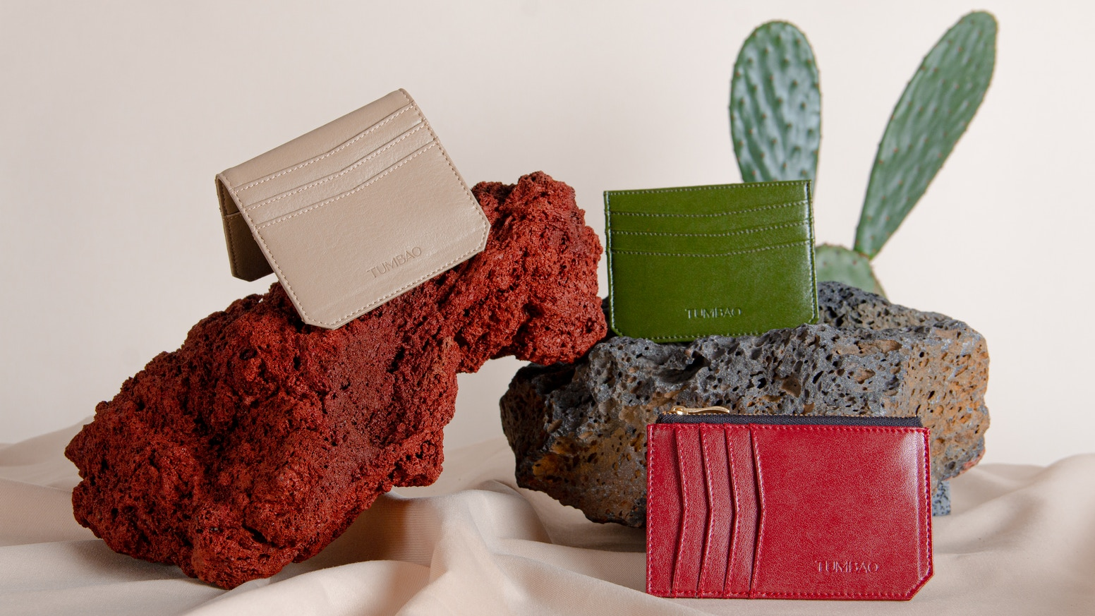 Tumbao brings you environmentally friendly and sustainable wallets made of cactus bio-leather at an affordable price.