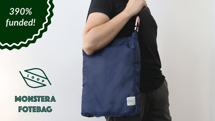 Foldable, hook, durable, minimal and practical tote bag. Inspired by the nature and simple daily life.