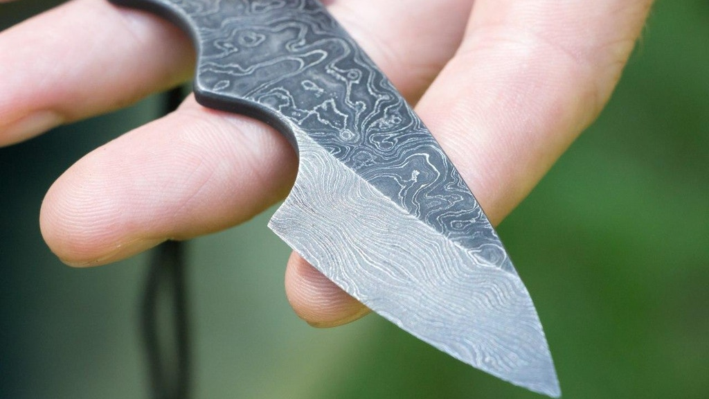 """My friend"" : Hand-forged Damascus knife for Everyday Carry project video thumbnail"