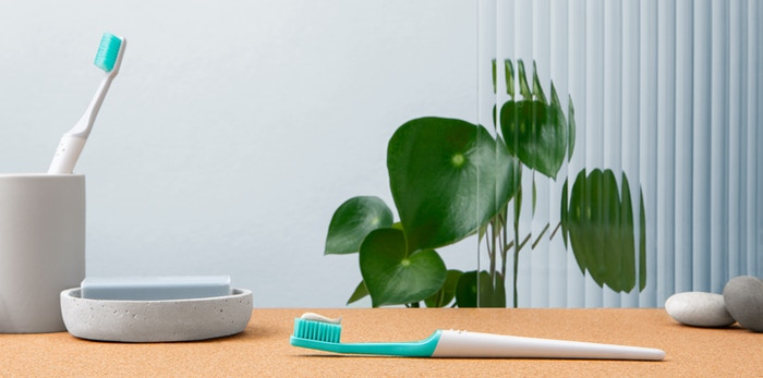 TIO is a complete rethinking of the everyday toothbrush, combining the best elements of design, oral care and sustainability.