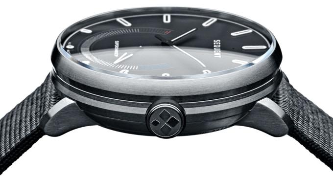 Titanium Elektron - The Smart Self-Charging Watch