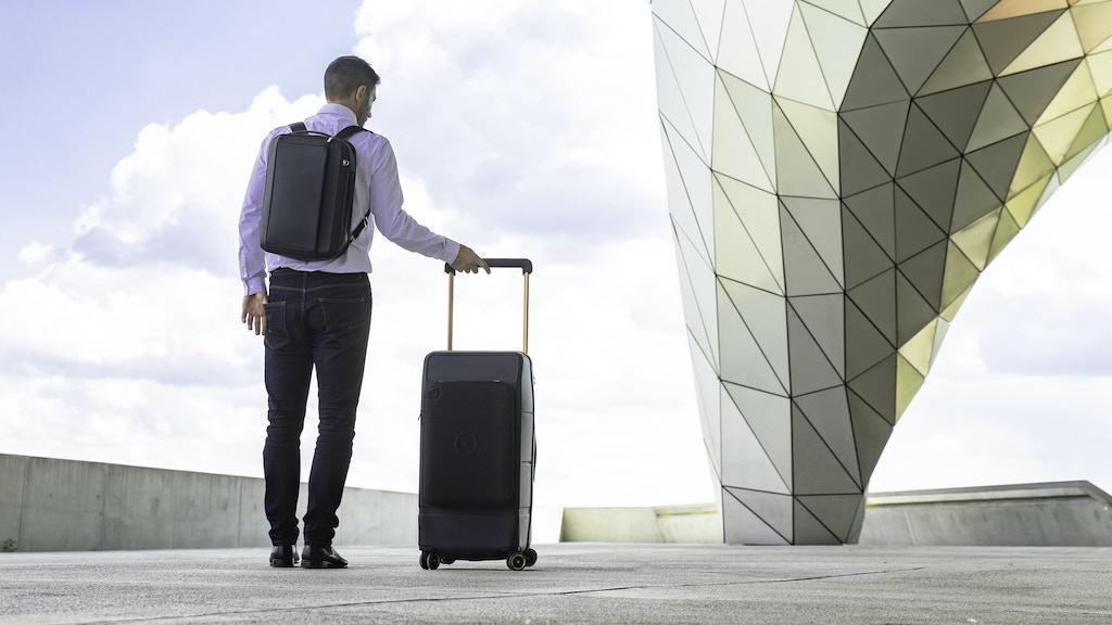 KABUTO: Fingerprint-Locked Trunk + Expandable Backpack