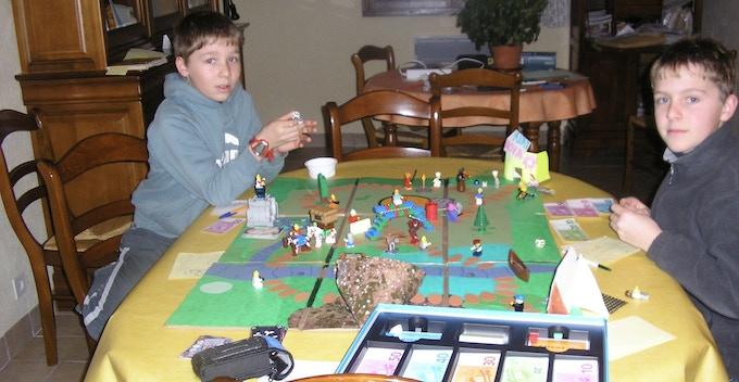 Notre premier jeux de rôle, créer en cartons en 2008