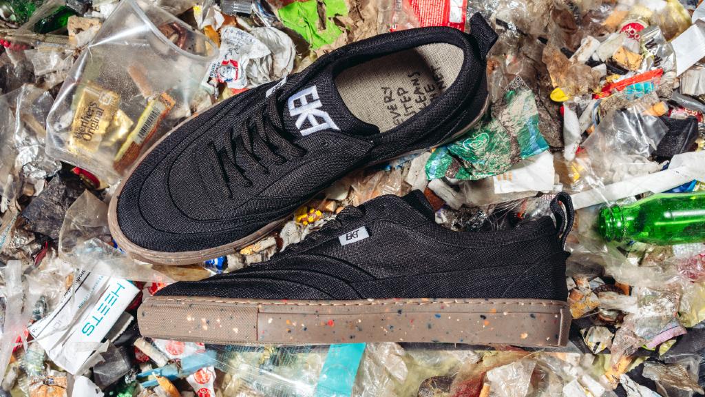 Effekt Footwear | The World's Most Rubbish Sneakers