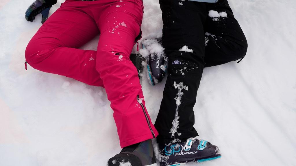 Nobody's Princess: Snow pants that actually fit women!