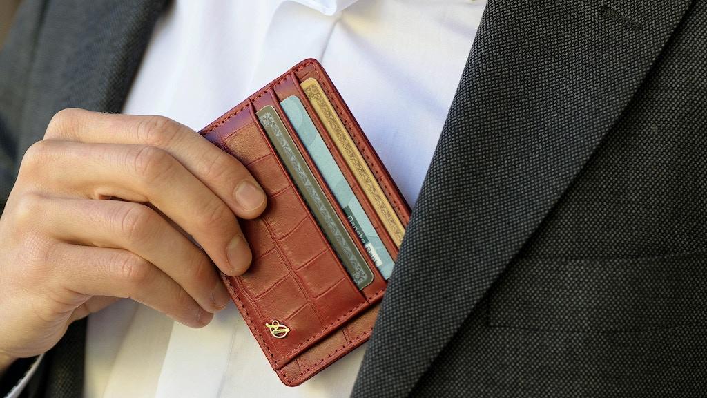 Axess Wallets 3.0: Crocodile Pattern Front Pocket Wallets