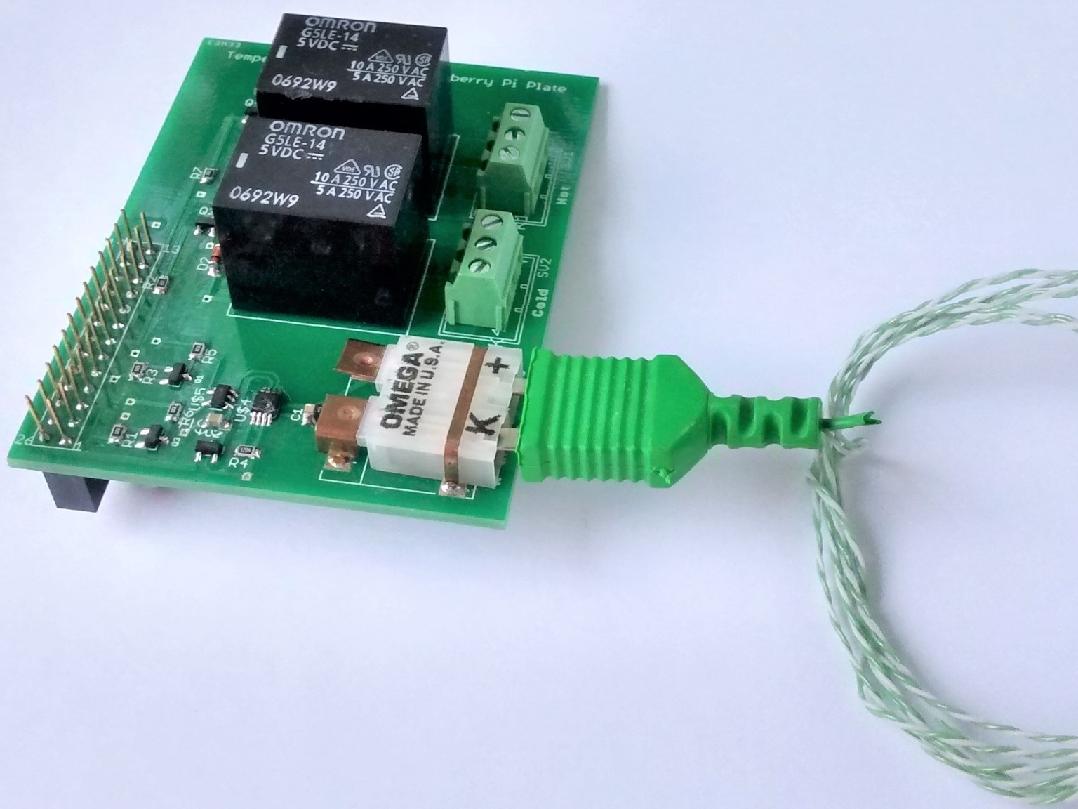 controlling and logging temperature it connects to a k type probe and #187648