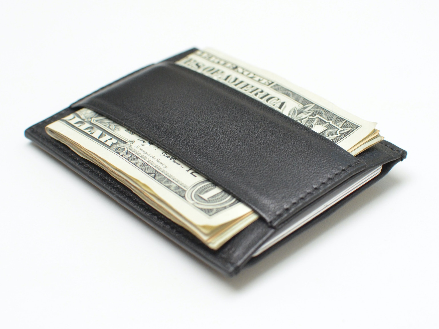 Minimalist By Capsule The Definitive Essentials Wallet By Robert Sha Capsule Kickstarter
